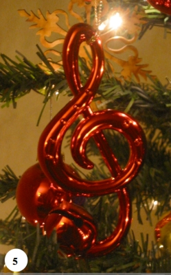 musical-xmas-tree-treble.jpg